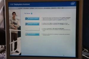 Фотография монитора с запущенной программой Intel® Deployment Assistant